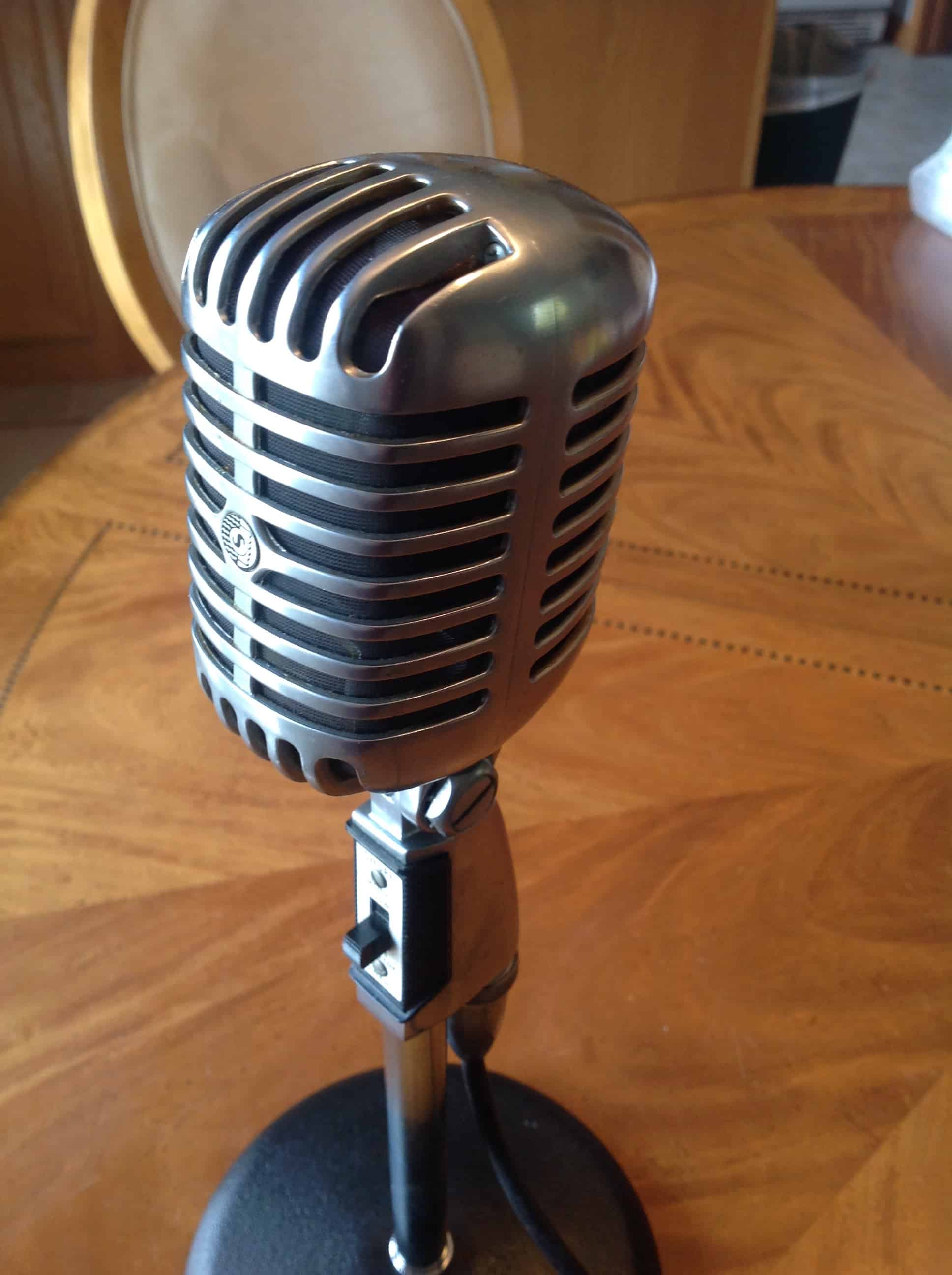 aviation podcast microphone